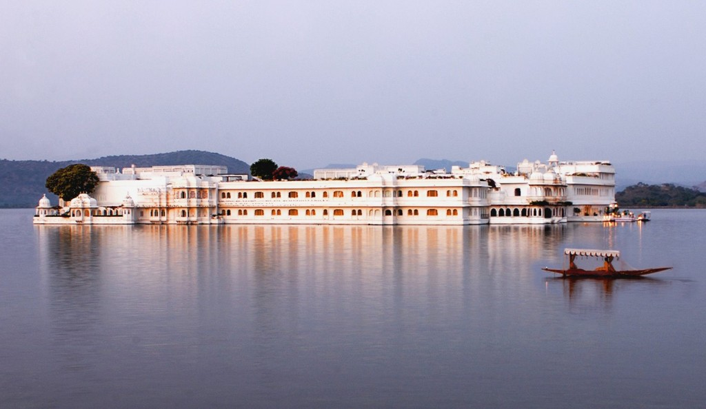 udaipur-tour-packages-cheapairetickets