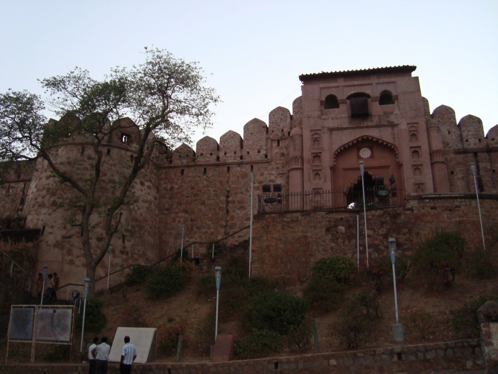 Jhansi-Fort-Inside-Images