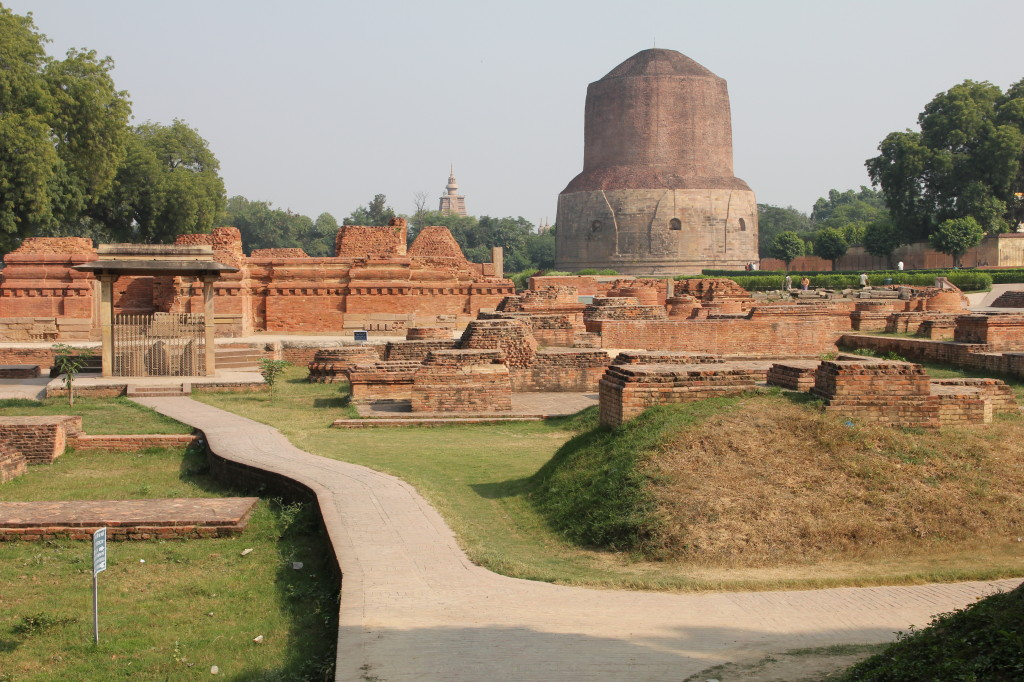 Monastery_around_Dhamek_stupa,_Sarnath